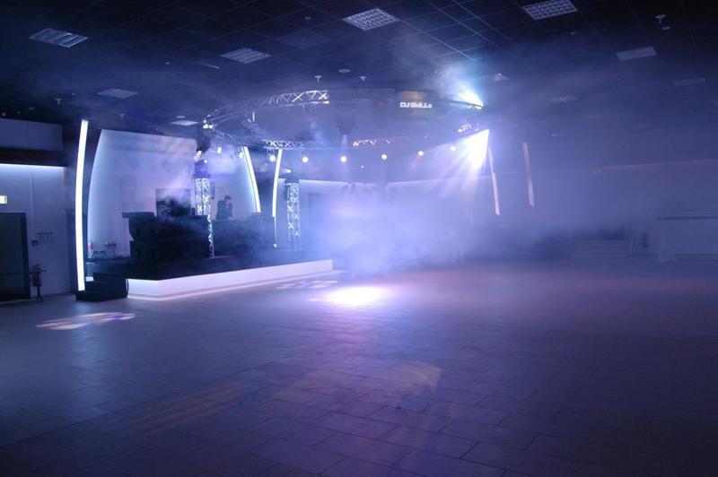05-Dance_Club